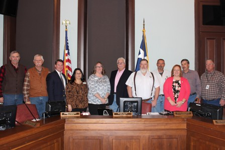 Commissioners Court Recognition of Building and Grounds and Donna Tillman and Terri Smith for Christmas Display